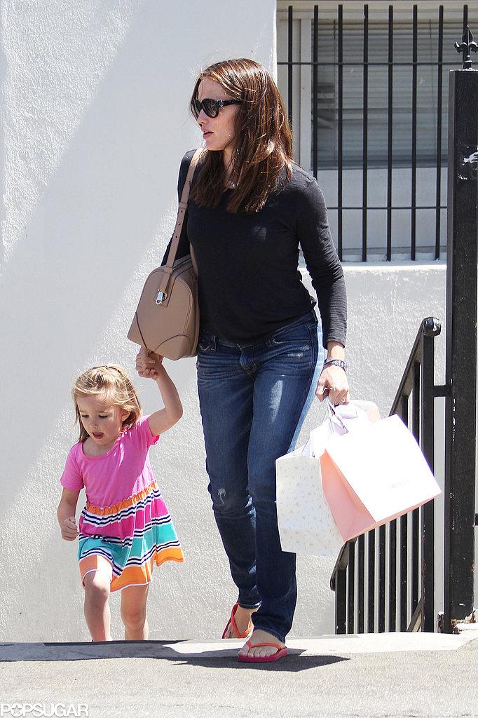 Jennifer Garner took Seraphina Affleck shopping on Thursday.