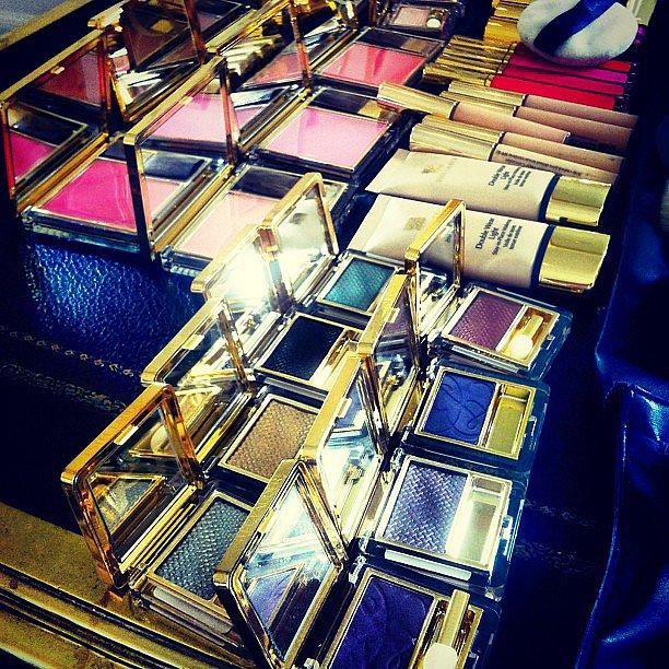 Hilary Rhoda got her hands on some gorgeous Estée Lauder makeup hues for her punk rock makeover. Source: Instagram user hilaryhrhoda
