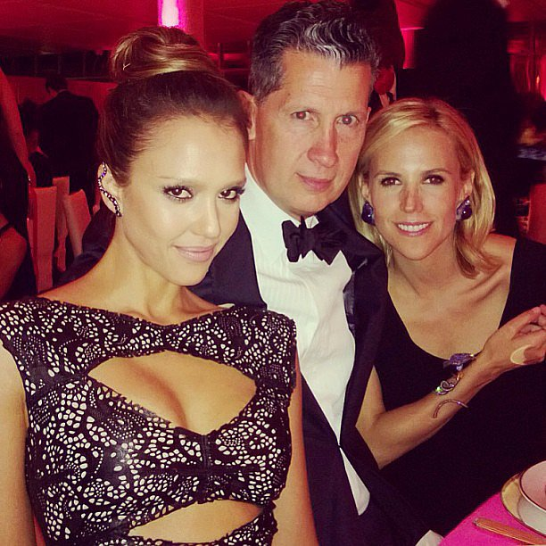 Jessica Alba sat at her table with designer Tory Burch and W magazine's Stefano Tonchi. Source: Instagram user jessica