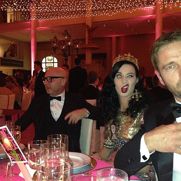 Katy Perry made funny faces at Gerard Butler inside the Met Gala.