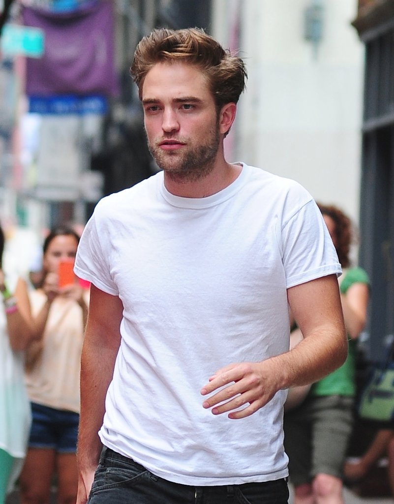 Rob Has Double-Jointed Fingers