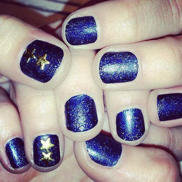 Poppy Delevingne displayed her sparkly blue nails. Source: Instagram user poppydelevingne