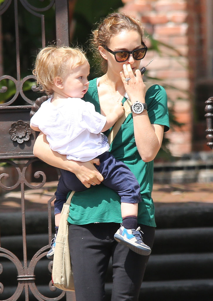 Natalie Portman Gets a Head Start on Mother's Day With Aleph
