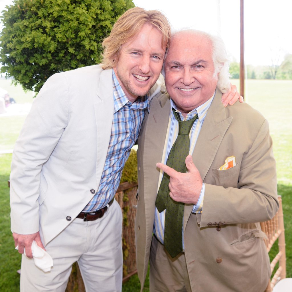 Owen Wilson posed with another art gallery visitor at the Brant Foundation's Andy Warhol exhibit.  Source: Billy Farrell/BFAnyc.com