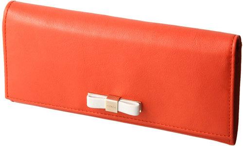 フルラ CHANTILLY 長財布