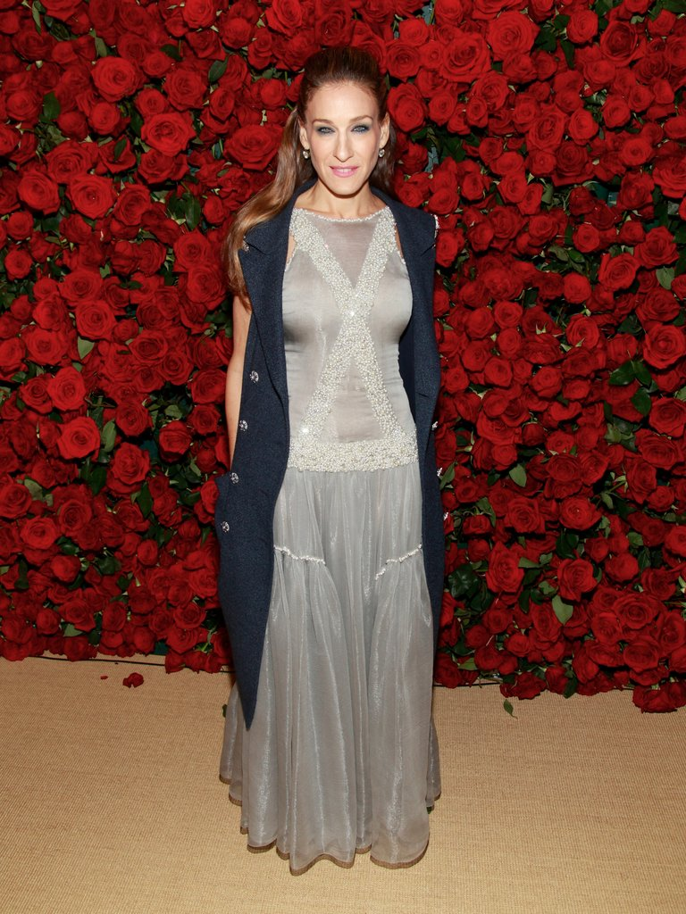 Parker donned yet another Chanel confection, under her sleeveless tweet coat, for the MoMA's fourth annual Film Benefit in 2011.