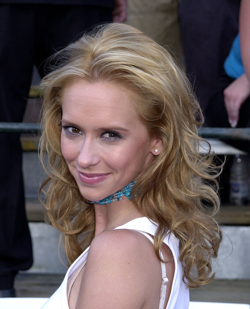Although her hair wasn't platinum blonde, Jennifer Love Hewitt opted for a honey shade way back in 2001.
