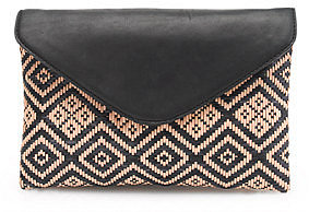 Invitation clutch in diamond raffia