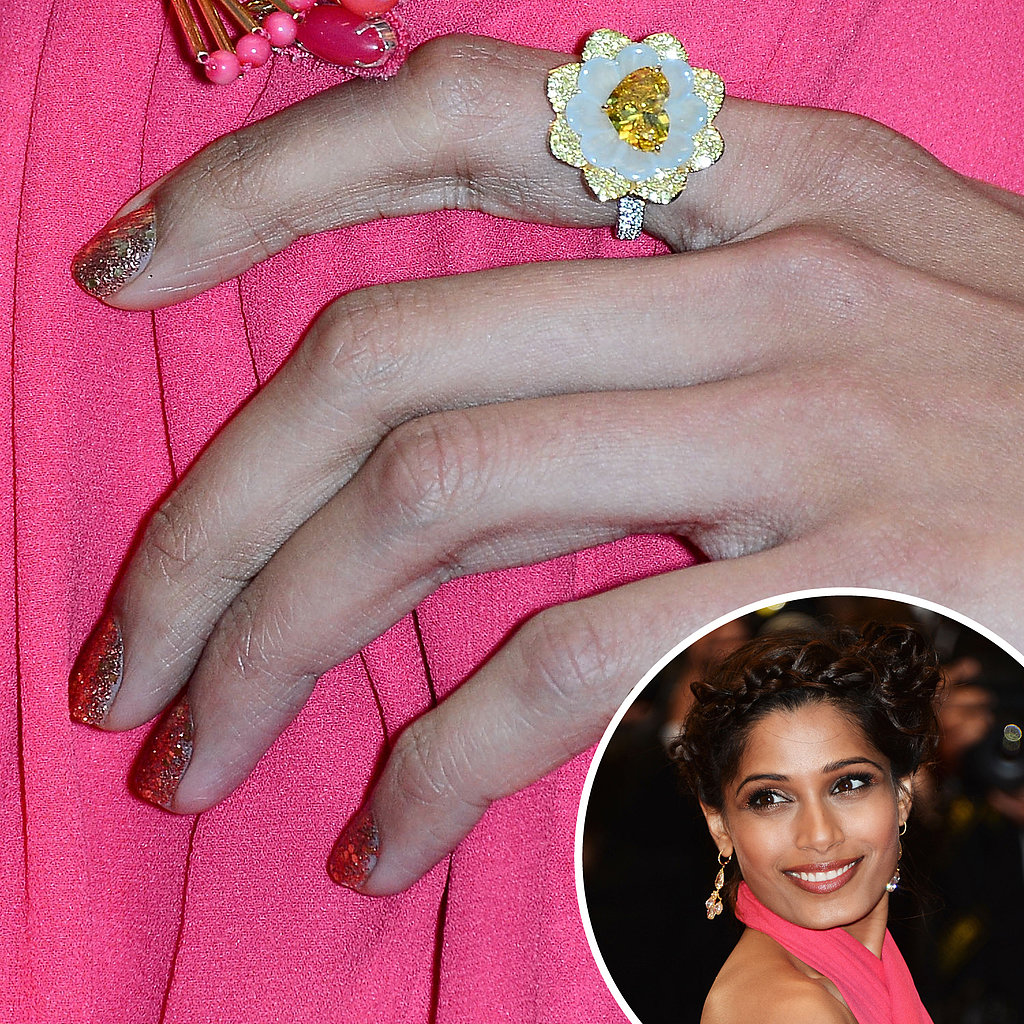 Freida Pinto went with a glittery polish on her nails for her appearance on the Great Gatsby red carpet.