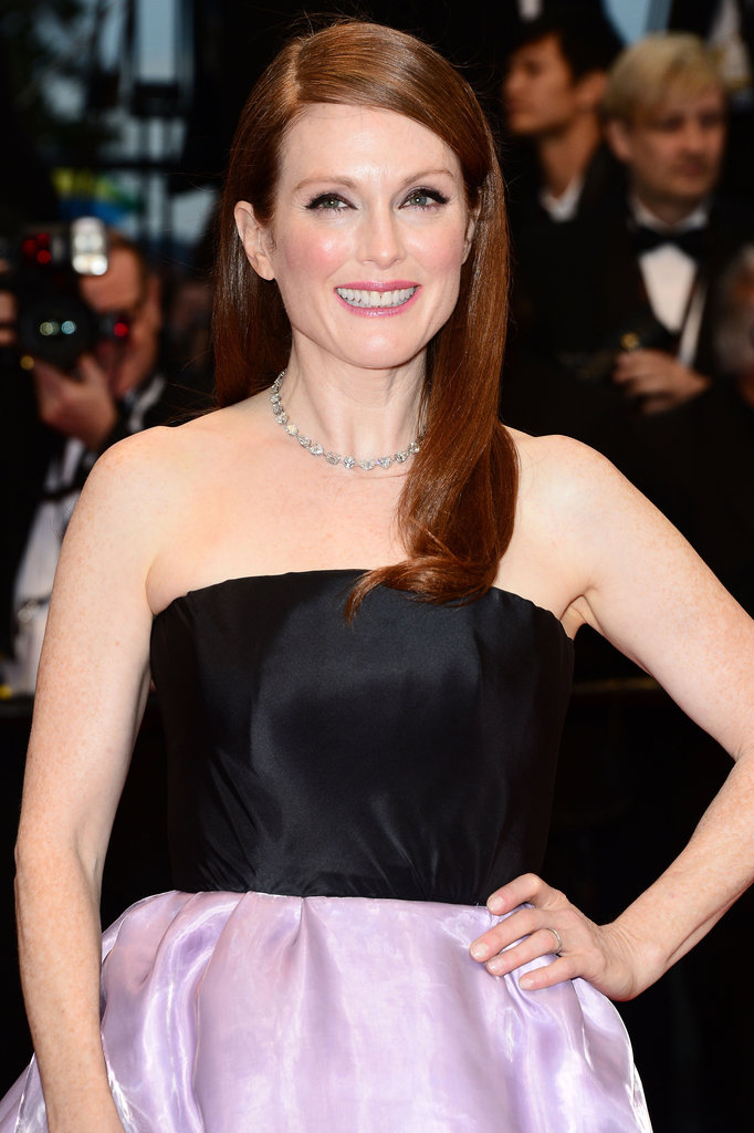 Julianne Moore graced the red carpet for The Great Gatsby with her hair sleek and parted on the side. Her makeup focused on the eyes,L'Oreal Super Liner Liquid Eyeliner, ($19.56) used to define. Her cheeks were flushed with the brand's True Match Super-Blendable Blush in Sandalwood Pink ($25.95), and her lips were swiped with Colour Riche Lipcolour in Berry Blush. To get Julianne's sleek sided part, she used L'Oreal Elnett Satin Absolute Extreme Hold Hairspray ($9.99).