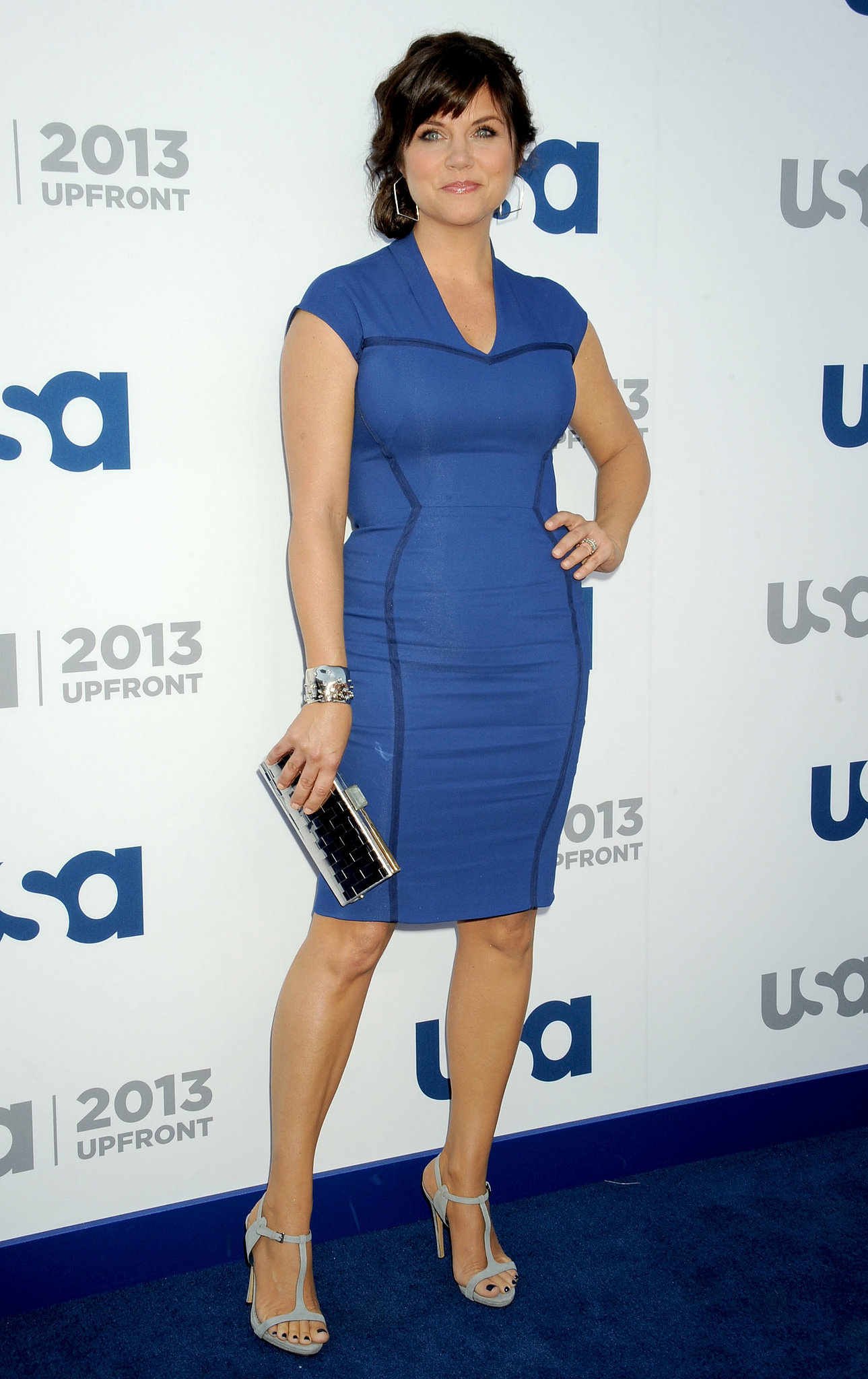Tiffani Thiessen hit the carpet at the upfronts.
