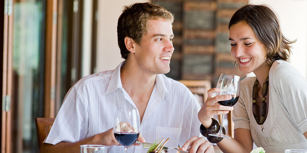 What You Should (and Shouldn't) Know by the End of a First Date