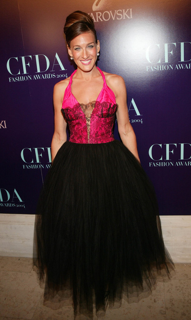 Parker tapped into her inner ballerina when choosing this hot-pink tulle number, complete with lace-overlay bodice and coordinating lace pumps, for the 2004 CFDA Fashion Awards in NYC.