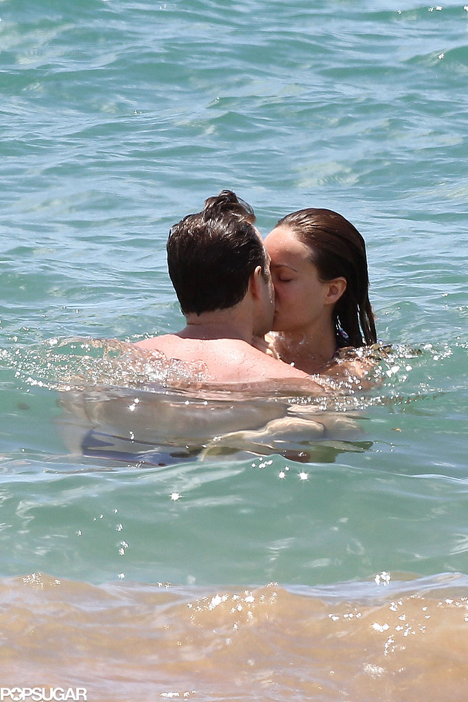 Jason Sudeikis and Olivia Wilde kissed in Hawaii.