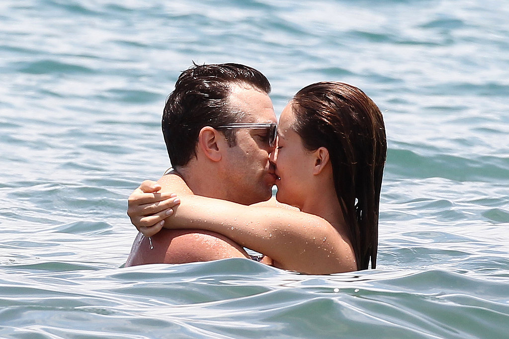Olivia Wilde and Jason Sudeikis got away to Hawaii over Memorial Day weekend in 2013, locking lips during a daytime swim.