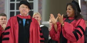 Video: Oprah Confesses Feeling Unsuccessful to Harvard Grads