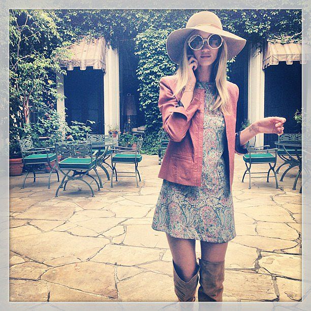 Rosie Huntington-Whiteley rocked a cool '70s-inspired look. Source: Instagram user rosiehw