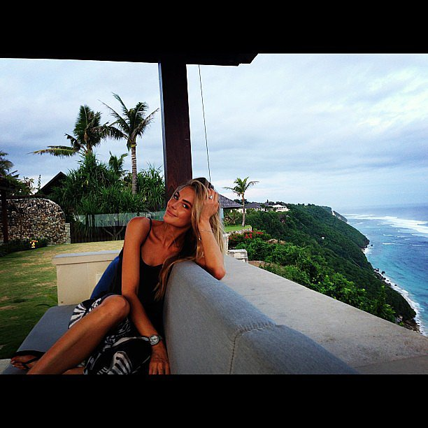 Jake snapped Jennifer against the beautiful Bali backdrop. Source: Instagram user jakewwall