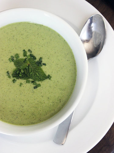 Detoxing Cucumber and Mint Soup Recipe