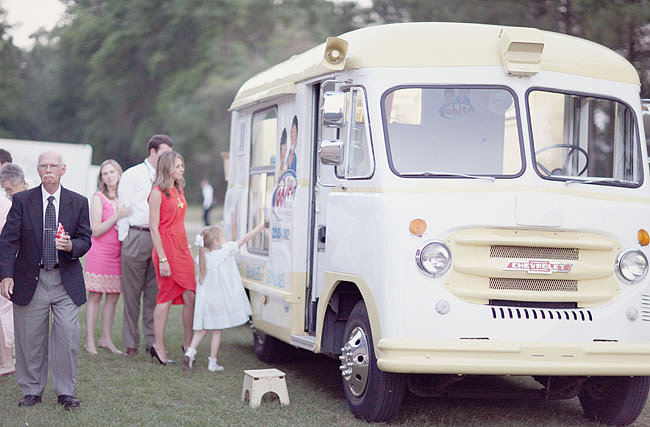 Play With Your Food From taco trucks to ice cream bars, having your guests participate in the food is fun for them and usually less expensive than a sit-down dinner. Photo by SimplyBloom Photography via Green Wedding Shoes