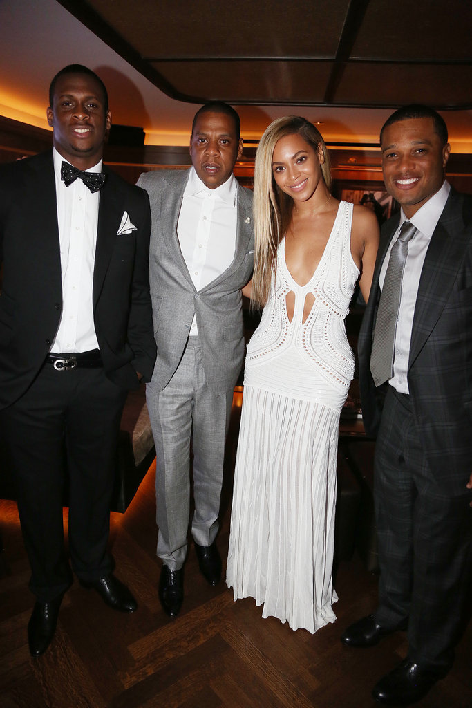 Beyoncé and Jay-Z chatted with Geno Smith and Robinson Cano.