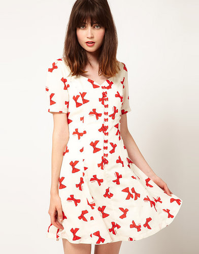 Nishe Bow Print Sweetheart Dress
