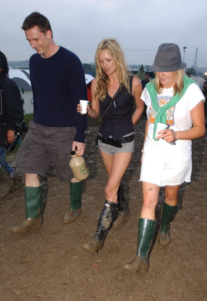 Likely familiar with the bad weather of her native country, Kate might have also been the first one to teach us that bad weather is nothing to play around with: galoshes can look good with anything. And yes, that's a tailored vest worn as a shirt!