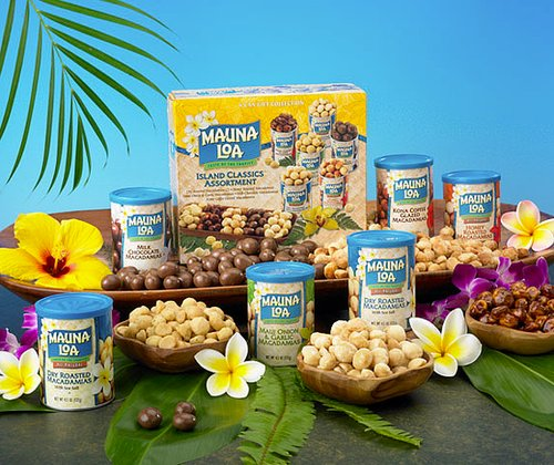 Hawaii: Mauna Loa Chocolate Covered Macadamias