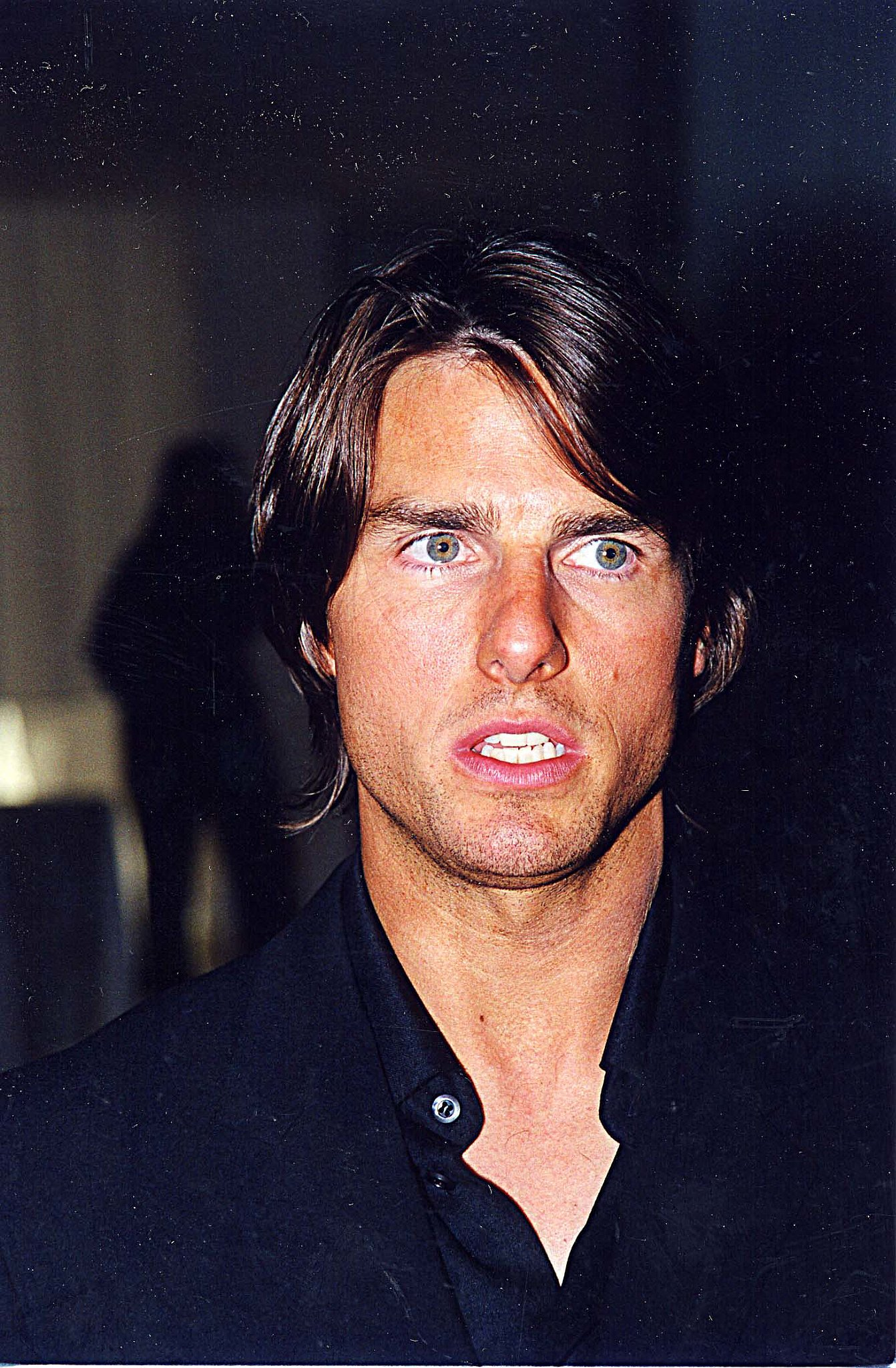 Tom Cruise looked good with a tan at the Esquire magazine party for Eyes Wide Shut i