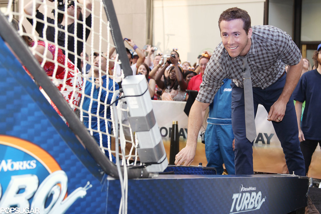 Ryan Reynolds played skee ball on the Today show.
