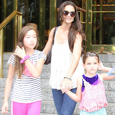 Katie Holmes and Suri Cruise on a Playdate in NYC   Photos