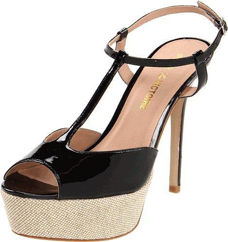 Pour La Victoire Women's Vicenta Platform Sandal
