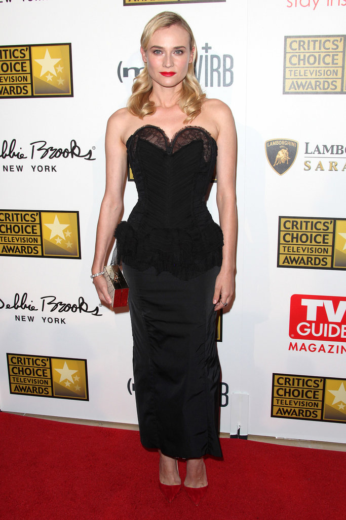 For the 2013 Critics' Choice Awards, Diane exuded retro glamour in a lace corset Nina Ricci dress with red add-ons: suede pointed pumps and coordinating lipstick.