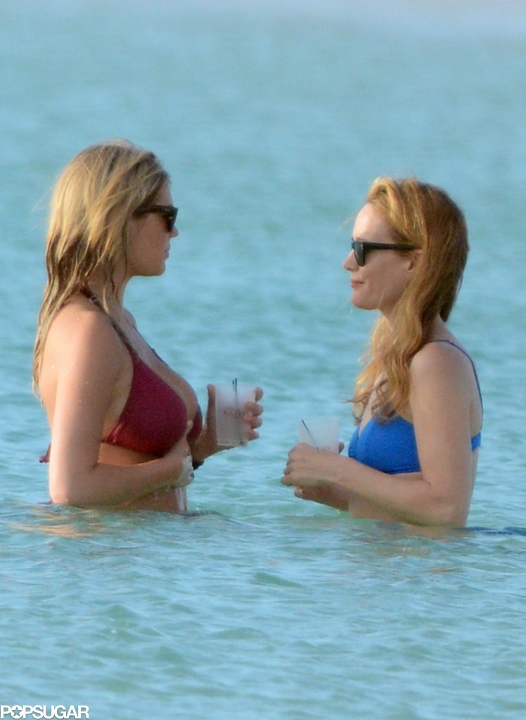 Kate Upton and Leslie Mann chatted in the ocean.