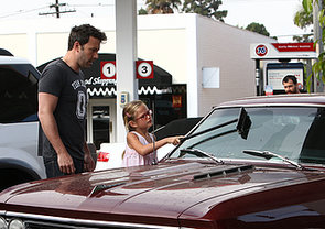 Ben-Affleck-shared-adorable-moment-Violet-when-he-helped-her