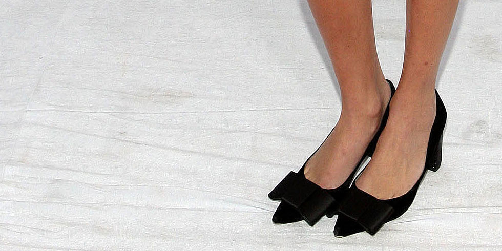 How Many Ways Can Alexa Chung Wear the Sweetest Bow Heels Ever?
