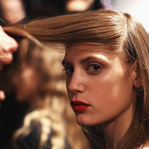 How to Prevent Hair From the Affects of Winter