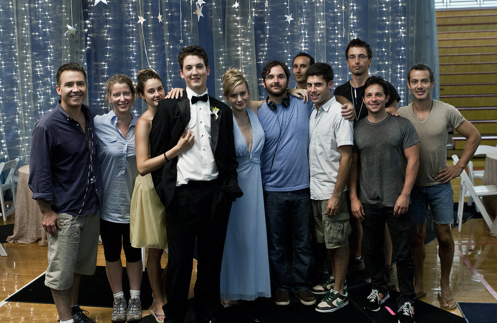 The cast and crew of The Spectacular Now pose on the prom set.