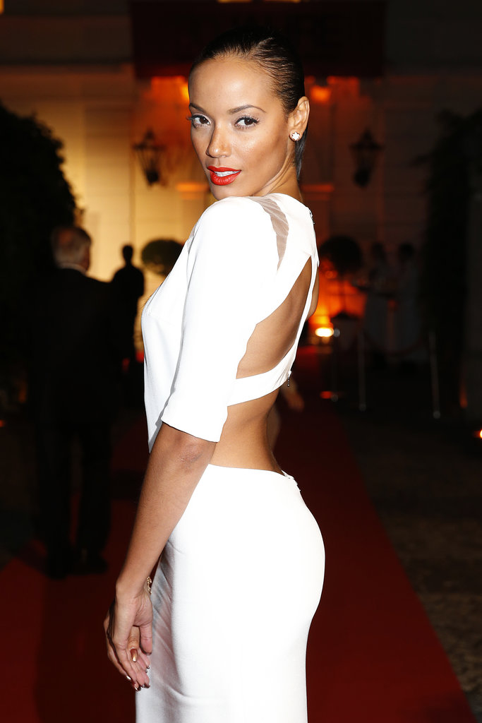 At the Montblanc Salzburg Festival Young Directors Project, Selita Ebanks proved why women still lust after her look. A low ponytail paired with bold brows and fire engine red lipstick created a look so alluring, we couldn't help but stare.