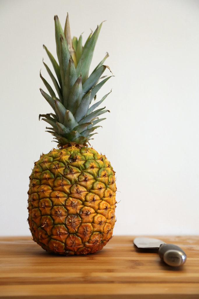 how to cut a pineapple video