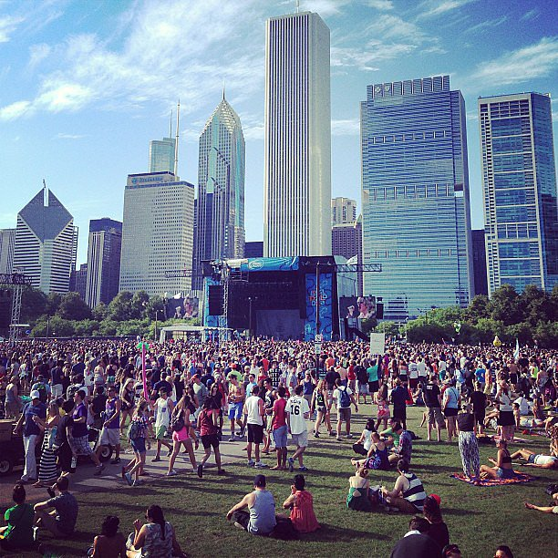 Is there anything more festive in the Summer than a concert in the park? Ellie Goulding brought the crowds, but the city provided the perfect backdrop. Source: Instagram user POPSUGARFashion