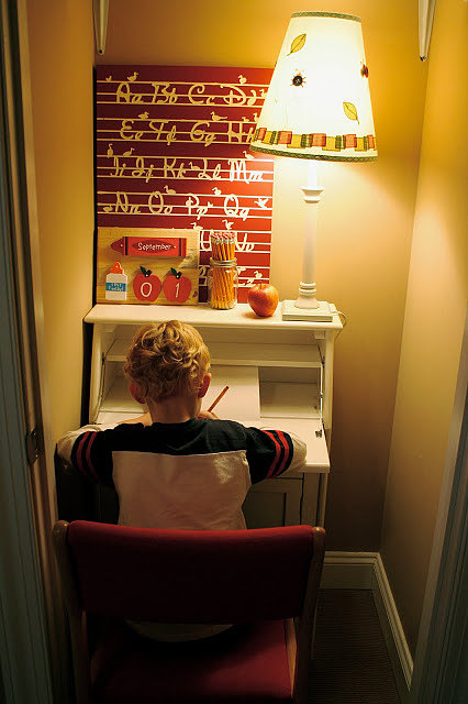 "If you're short on space, a ""clofice,"" or a closet that's been converted into an office is a great option for a dedicated homework station. Just add a desk, a lamp, a chair, and you're done!  Source: Homestories A to Z"