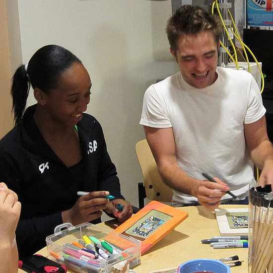 Pictures Of Robert Pattinson At The Children's Hospital