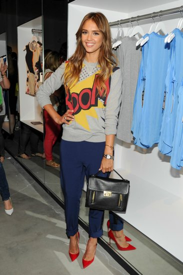 Actress-Jessica-Alba-attended-party-wearing-one