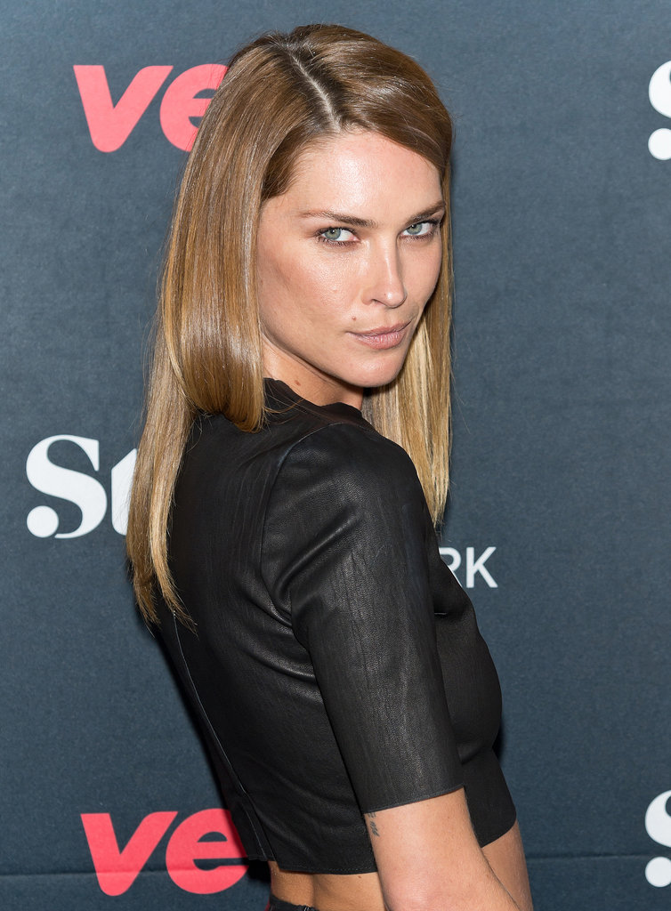 Erin Wasson manages to make simple straight hair look edgy and cool.