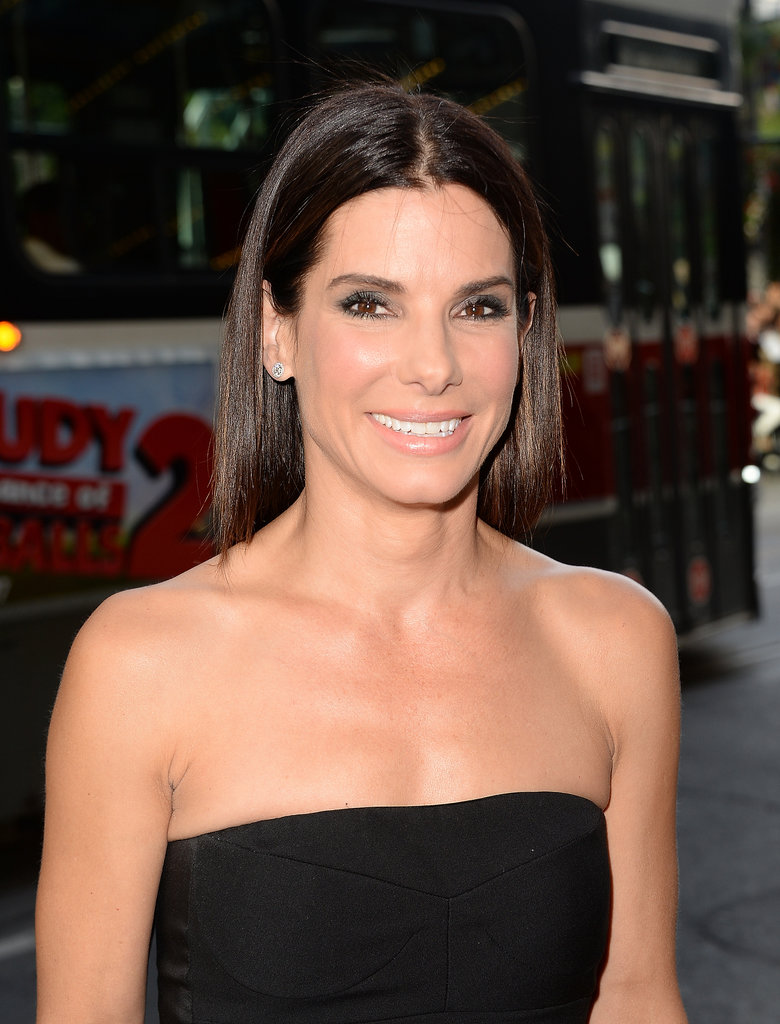 Sandra Bullock looked gorgeous with her signature glossy, straight hair at the Gravity premiere.
