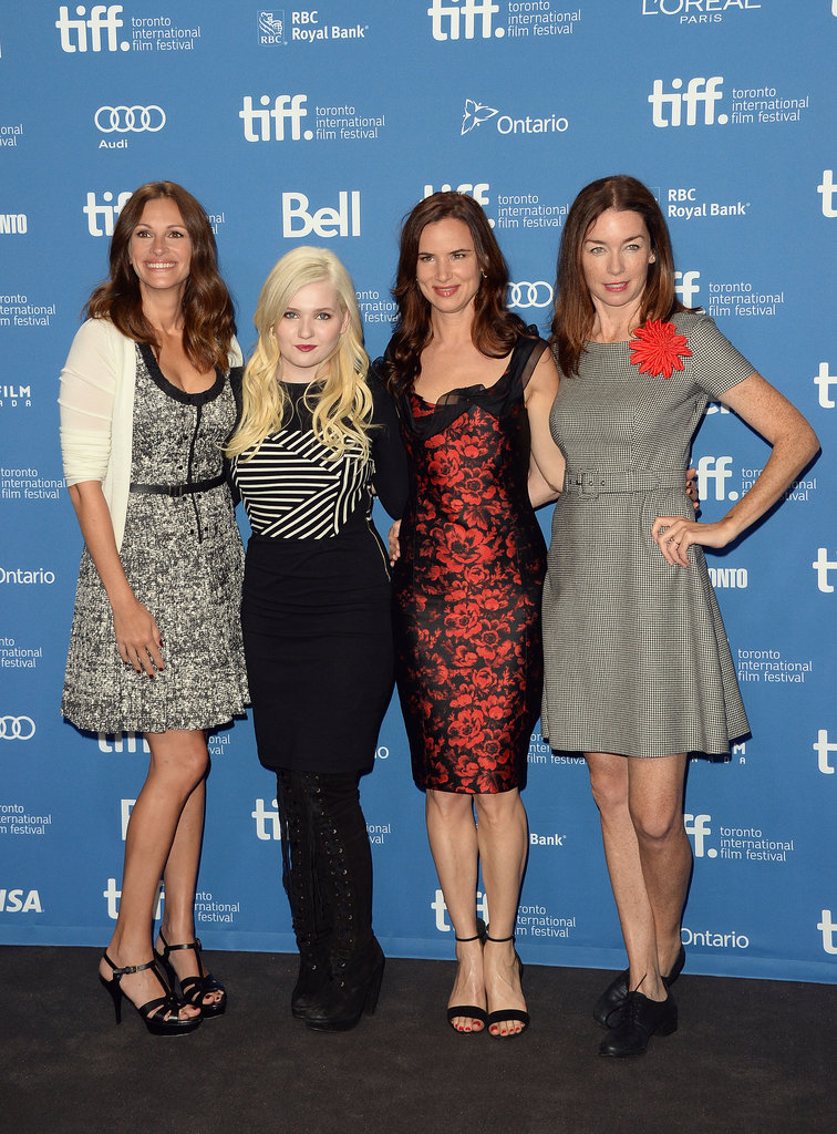 Julia Roberts, Abigail Breslin, Juliette Lewis and Julianne Nicholson linked up at the press conference for August: Osage County.