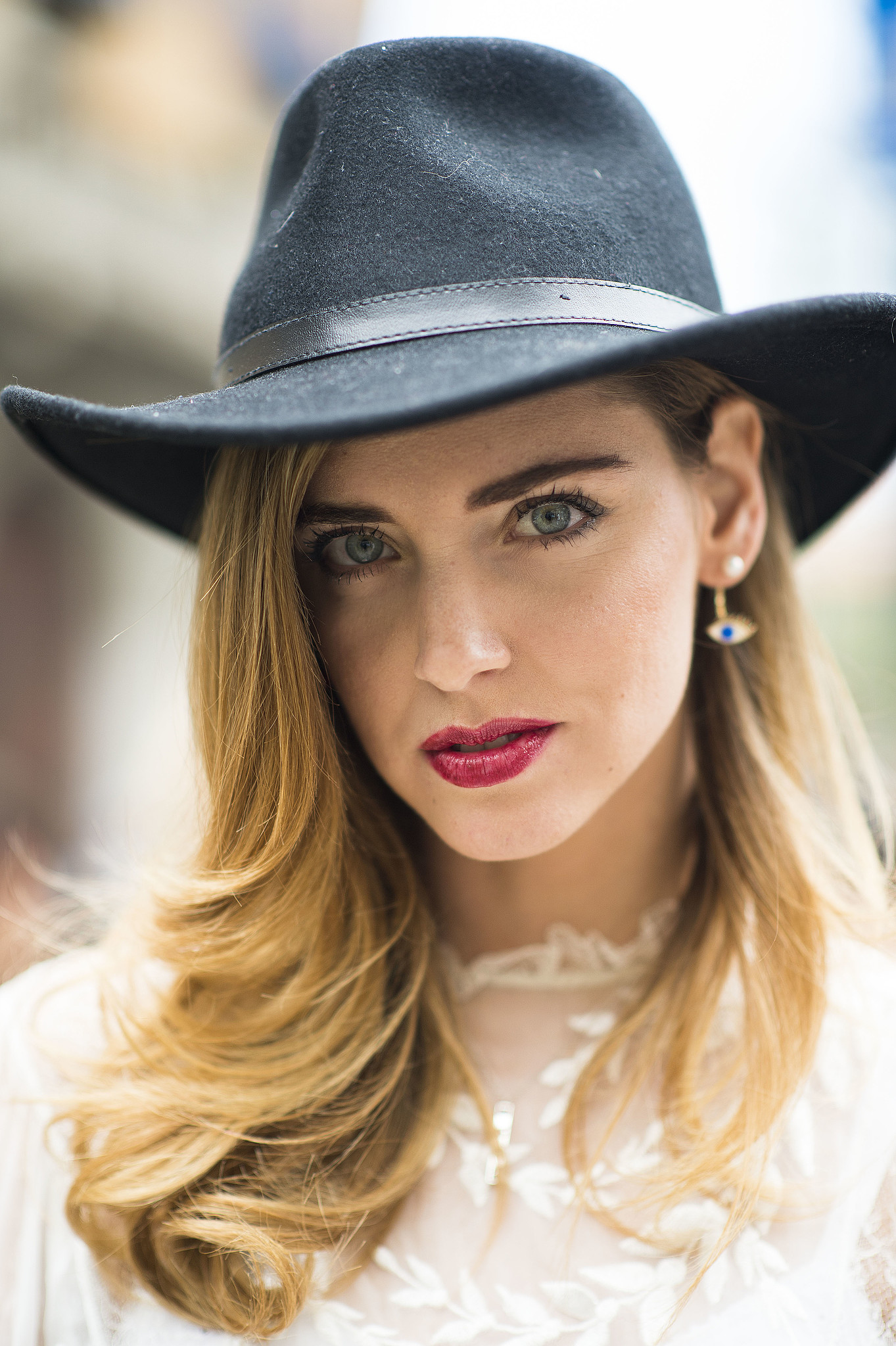 Chiara Ferragni looked effortlessly glamorous in a diffused red lip, which she paired with striking bold brows. Source: Le 21ème | Adam Katz Sinding