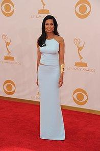 Padma-Lakshmi-hit-red-carpet-Emmys