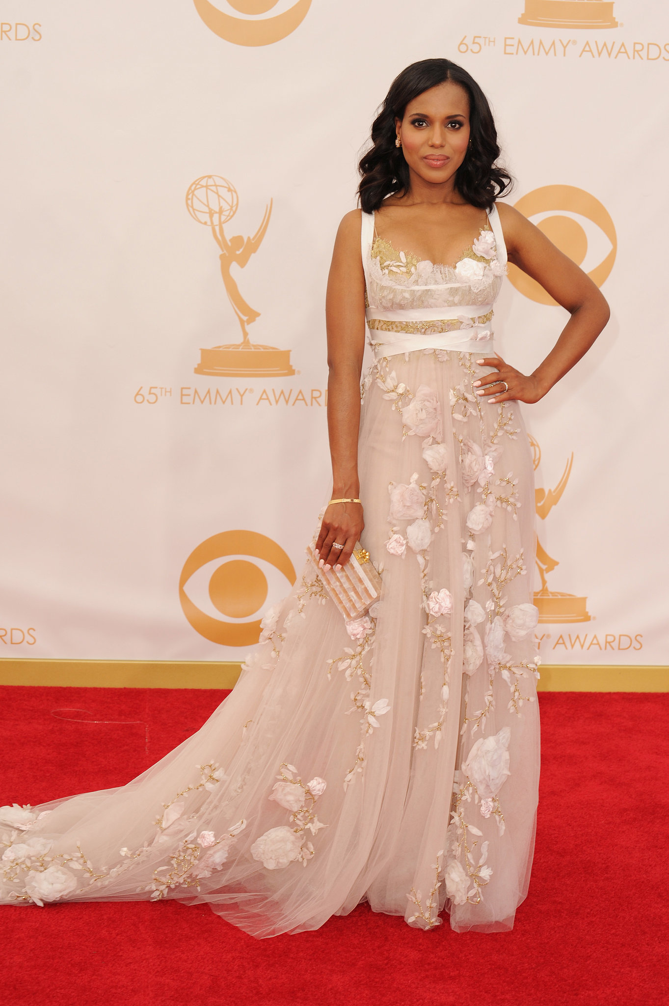 Kerry Washington stepped out for the Emmys.